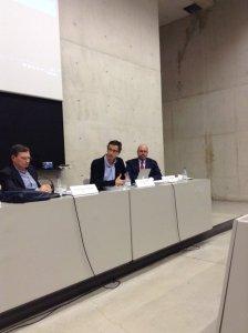 @carlesllorensm en #cicom30tv la reforma total de la #tvautonomica es imposible, pero si son posibles las parciales