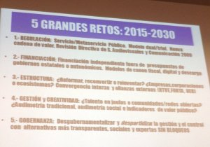 FRANCISCO Campos @universidad_usc en #cicom30tv resume los 5 retos de las #tv autonómicas