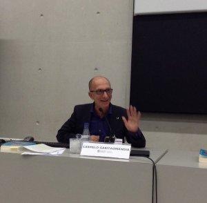 Carmelo Garitaonandia @upvehu en #cicom30tv en Euskadi, el coste de la EITB es de 54€ por habitante